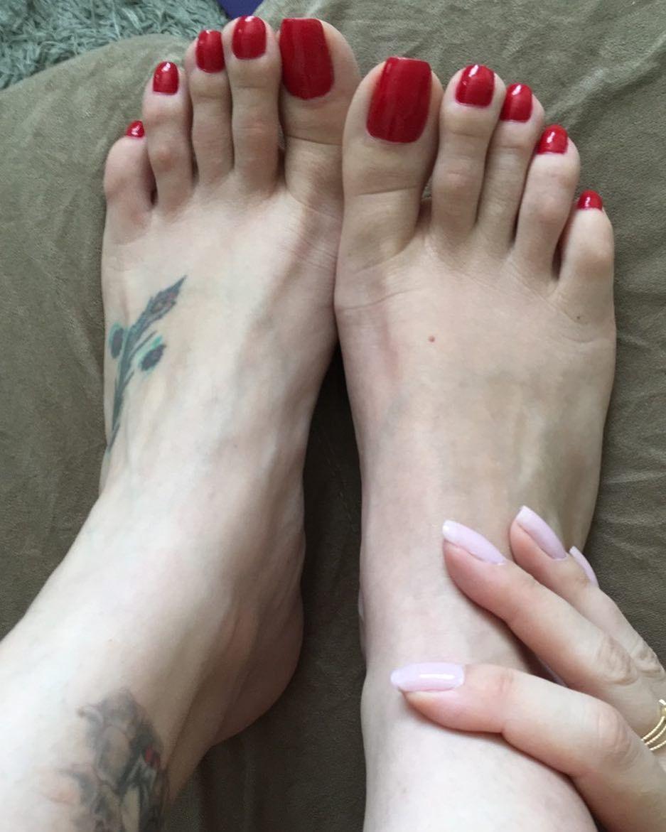 Bound Lesbian Foot Worship