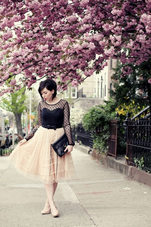 iMyne Fashion: Shopping Your Favorite Designer   Rebecca Minkoff. Kieko Lynn. Ladylike clumsy. Quirky Girl. Chiffon Skirt. Outfit inspiration. Look idea. Black leather clutch. Nude Pumps.