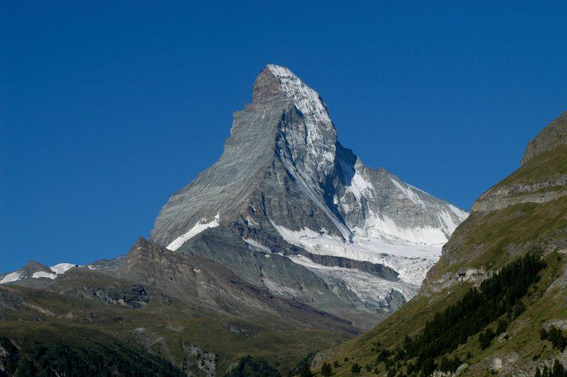 Dessin Et Peinture Video 2170 Le Matterhorn Ou Le Cervin Massif Montagneux Suisse A La Peinture Aquarelle Le Blog De Lapalettedecouleurs Over Blog Com Cervin Massif Montagneux Zermatt