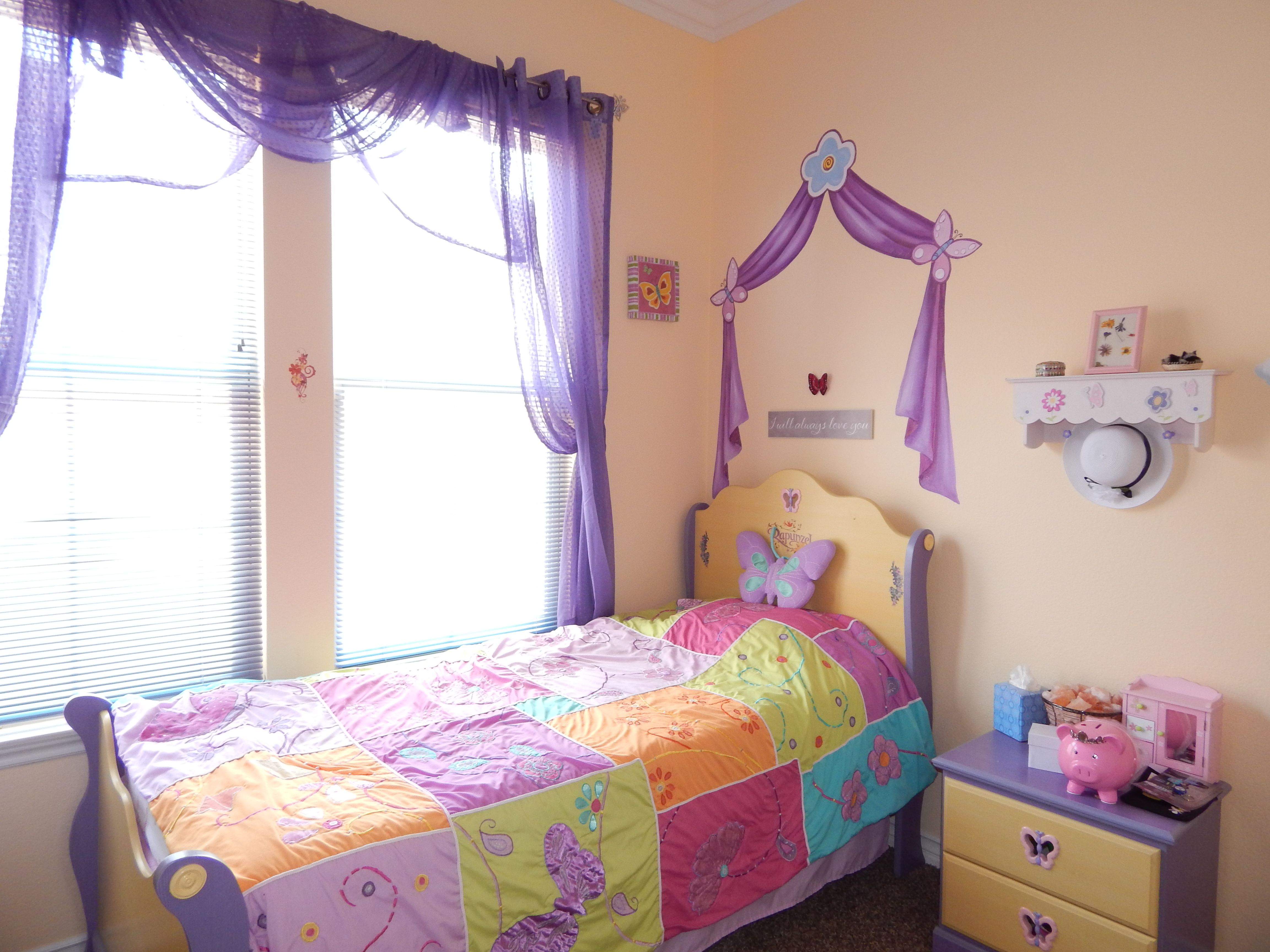 Pretty purple curtain for a little girl s princess bedroom