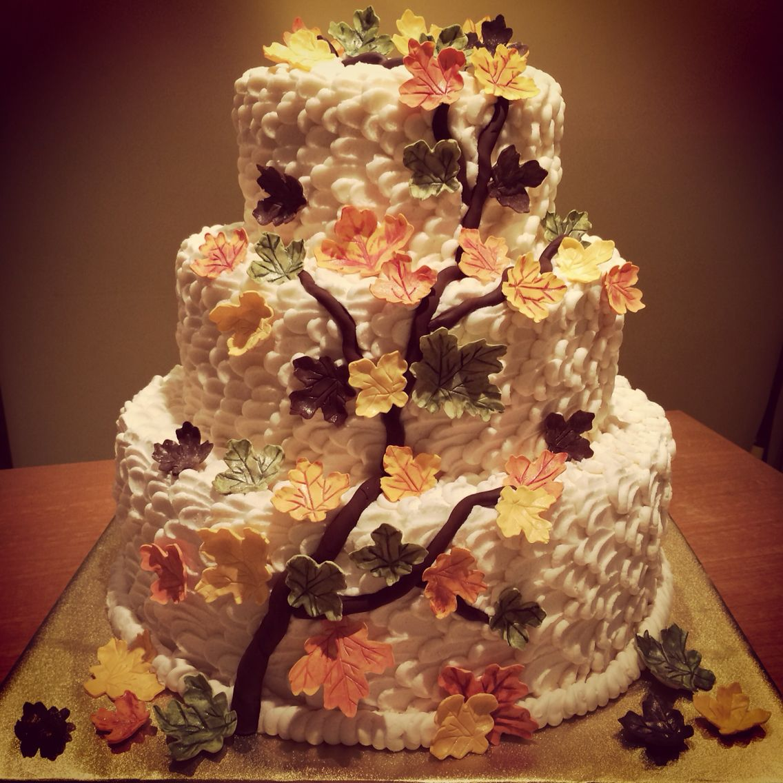 Fall themed wedding cake.