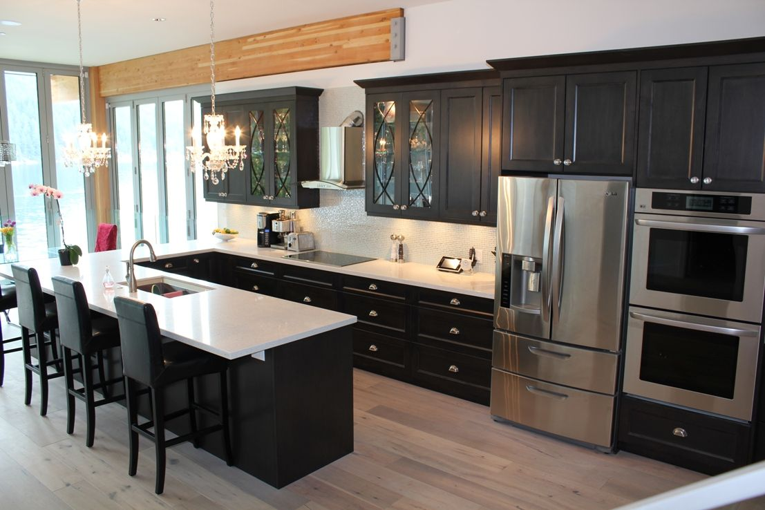 Best Beautiful Home In Deep Cove Kitchen Cabinets Custom 400 x 300