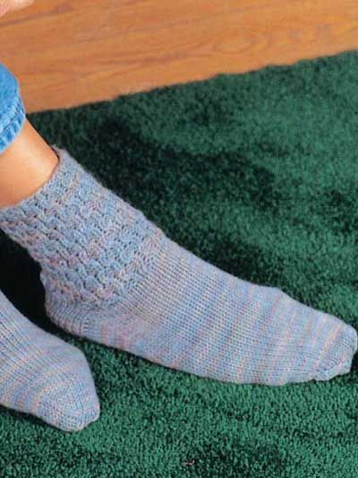Honeycomb Boot Socks free knitting pattern of the day from ...