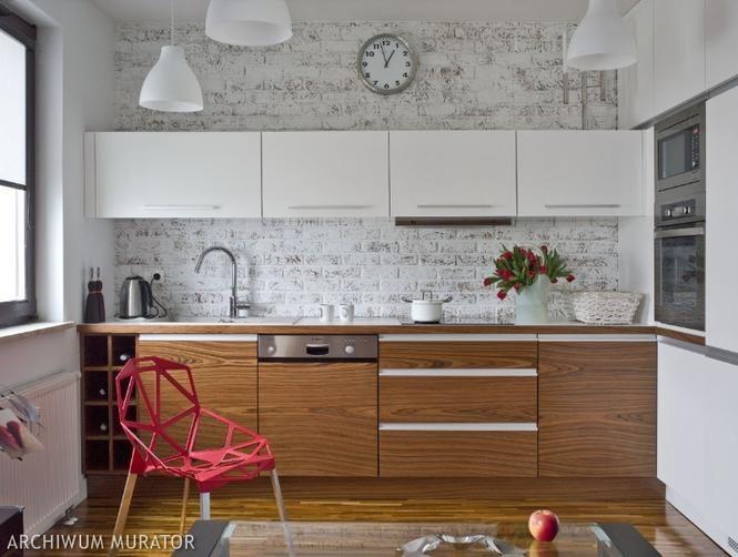 Cegla Na Scianie W Kuchni Modern Kitchen Kitchen Design White Modern Kitchen