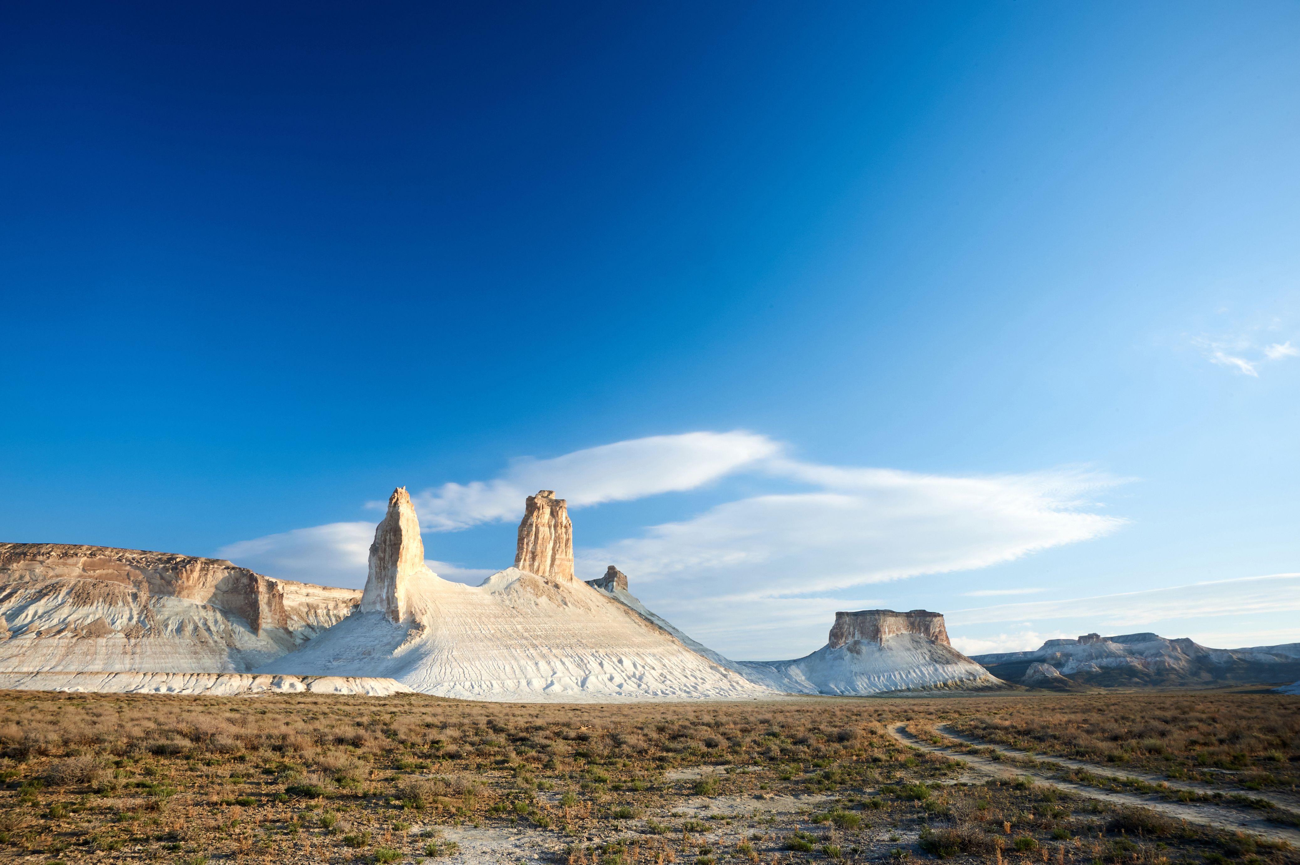Abenteuerreise Im Land Der Endlosen Steppen Entdeckt Die Highlights Von Kasachstan Abenteuerreisen Reisen Kasachstan