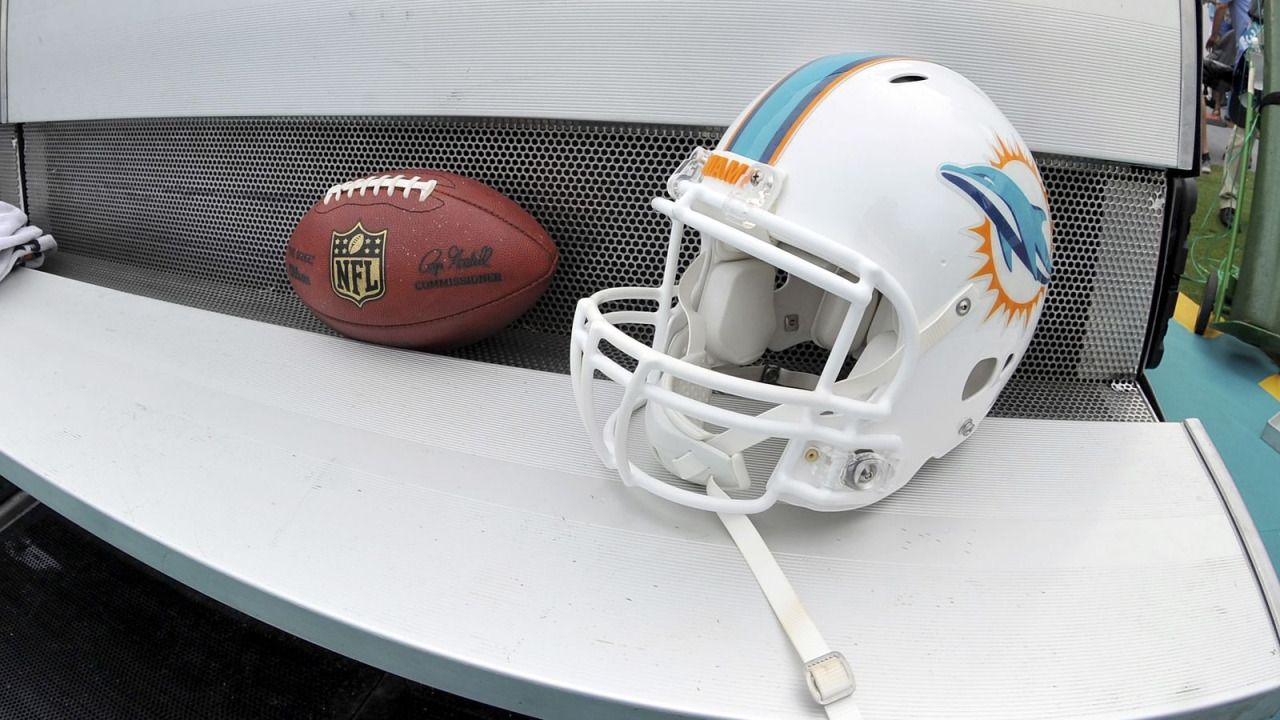 Miami Dolphins Draft 2016: Trade scenarios for the NFL Draft...: Miami Dolphins Draft 2016: Trade scenarios for the NFL… #NFLdraft2016
