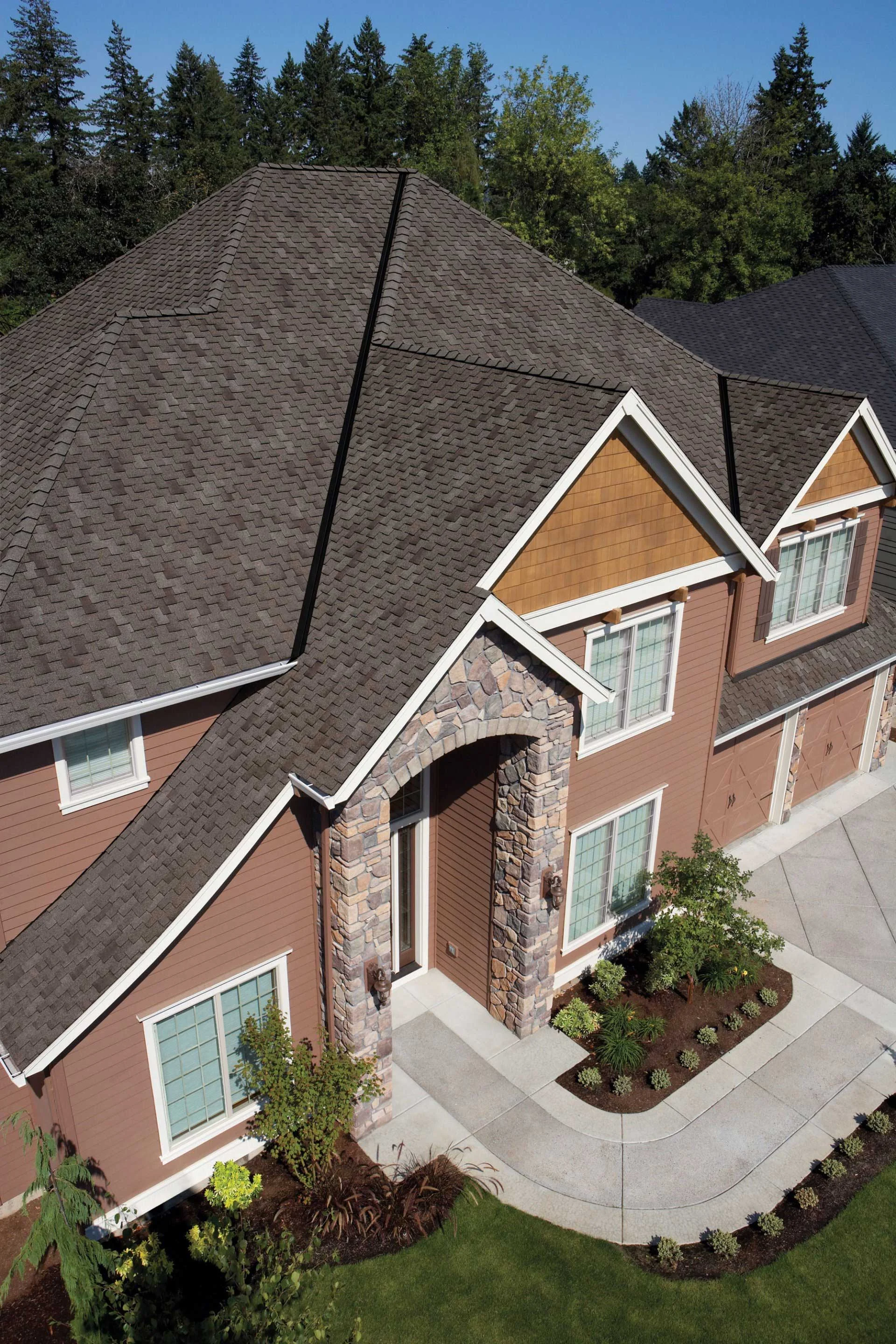 Pacific Pride Roofing One Stop Solution For All Your Roofing Problems In Kirkland Https Pacificprideroofing Com Gallery R Roof Problems Residential Roofing