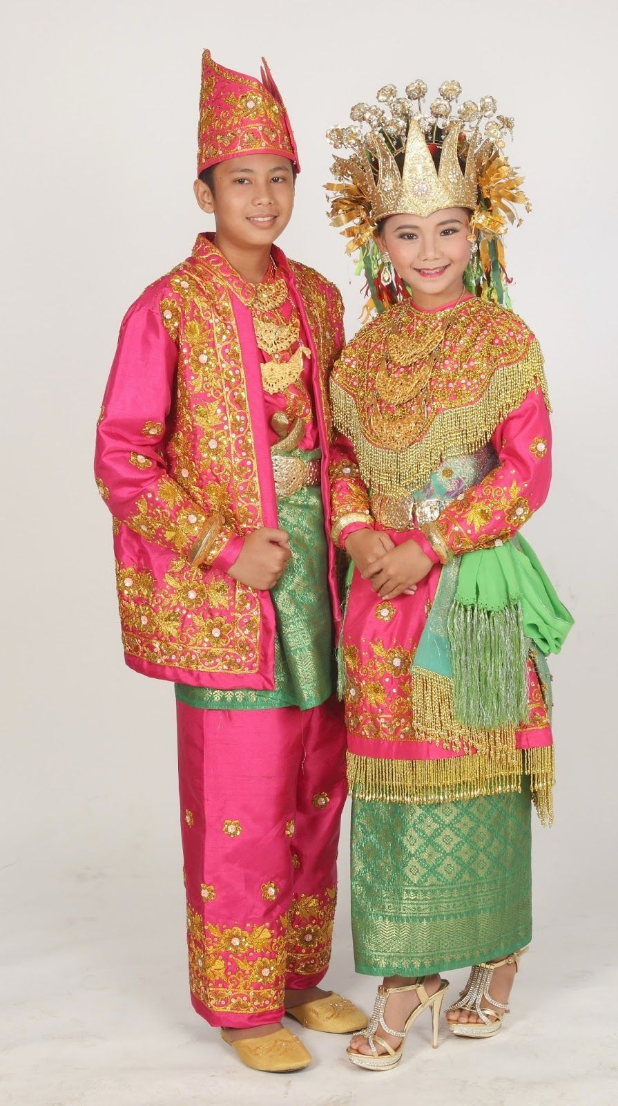 Pakaian Adat Nusantara 33 Provinsi