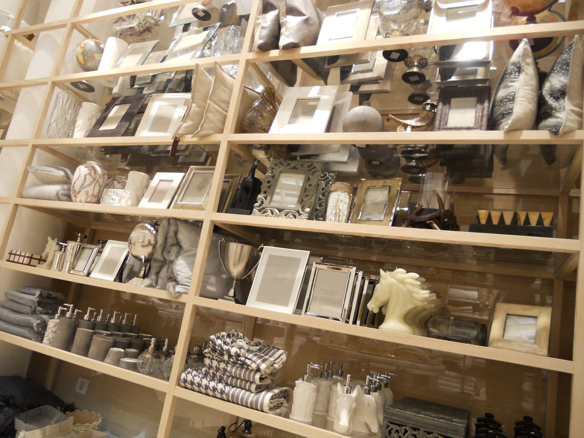 zara home shop shelves google keres s lak s pinterest shelving. Black Bedroom Furniture Sets. Home Design Ideas