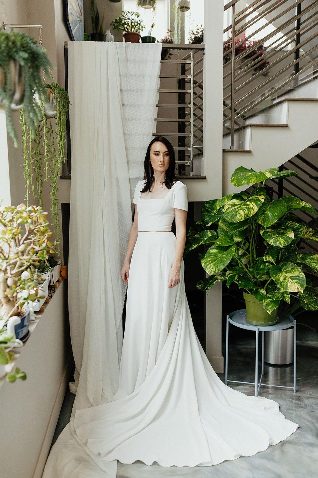 Modest Wedding Dresses In 2020 Modest Wedding Dresses Modest Bridal Gowns Short Sleeve Wedding Dress