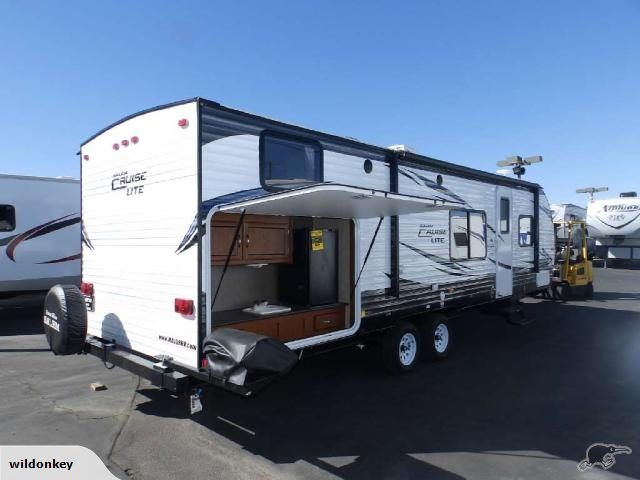 Looking For A Great Travel Trailer That Can Sleep Your Entire