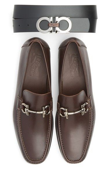 602b7a66a8 Salvatore Ferragamo Reversible Leather Belt available at  Nordstrom Sapatos  Masculinos