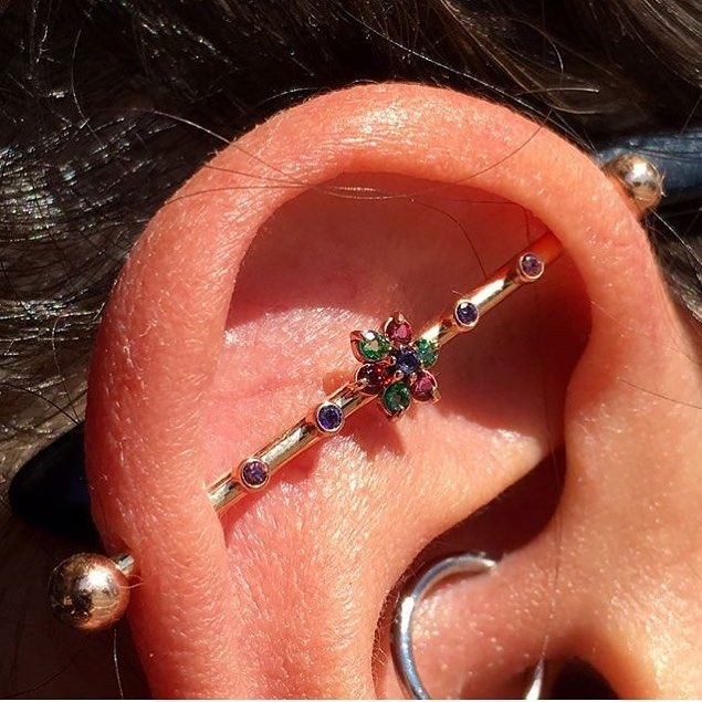 Beautiful 18k Rose Gold Industrial Bar From Anatometal With Gems