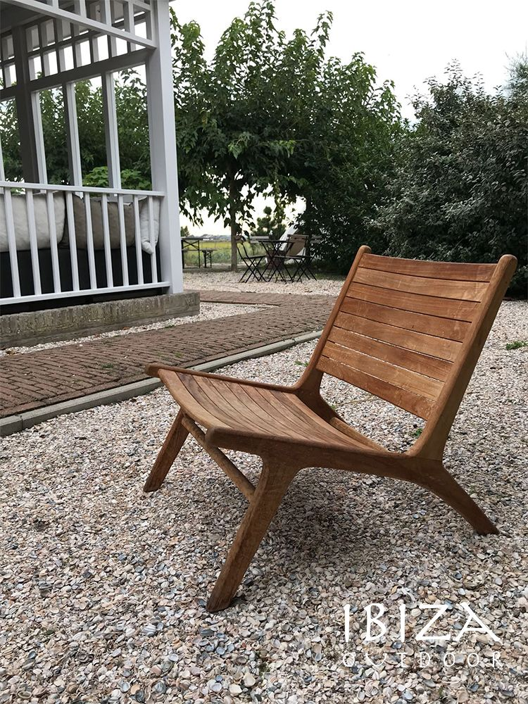 Houten Lounge Stoel Buiten.De Teakhouten Ushuaia Loungestoel Kan Zowel Binnen Als Buiten