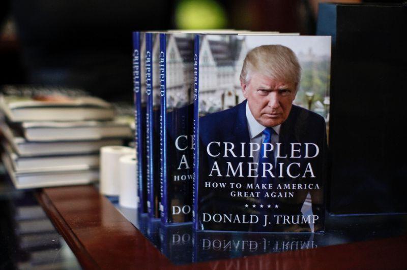 Cele mai populare 10 cărți scrise de Donald J. Trump - Livre.ro