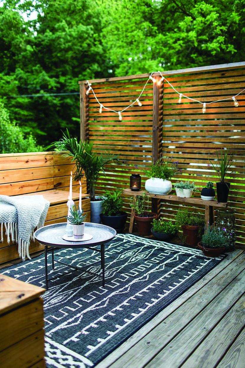 10 Beautiful Easy Diy Backyard Decks Homes Tre Easy Deck Decks Backyard Deck Diy backyard deck ideas