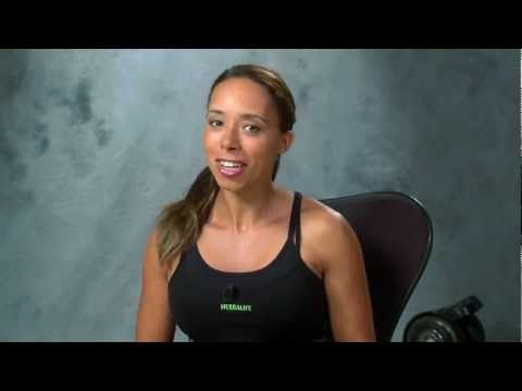 Samantha from Herbalife fit tips: Sit down, relax and... stretch!