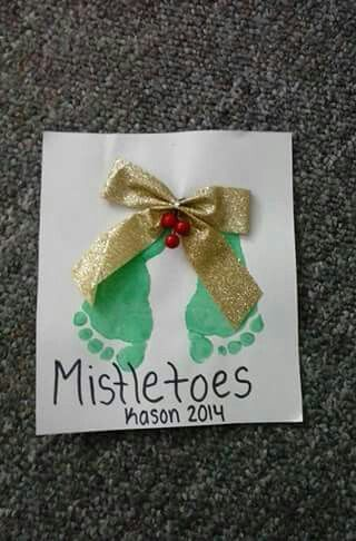 Mistletoe Footprints                                                                                                                                                      More #mistletoesfootprintcraft