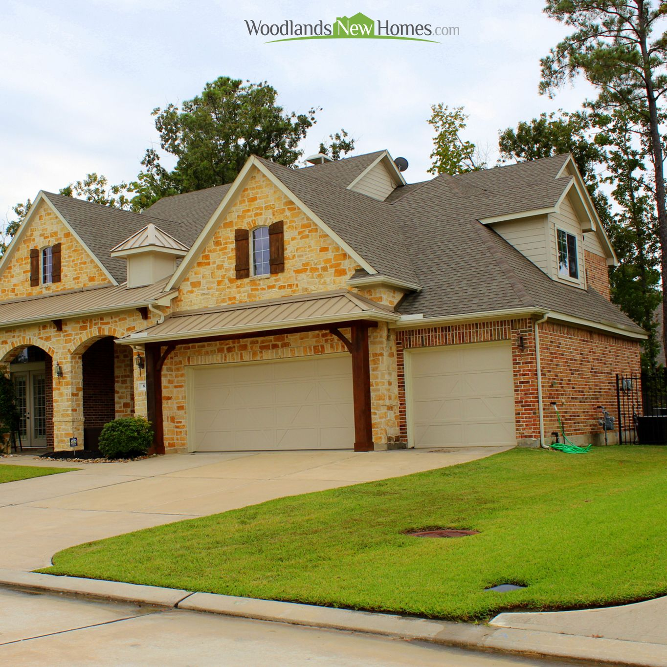 Home For Sale In TheWoodladns Village Of Creekside Park Exterior