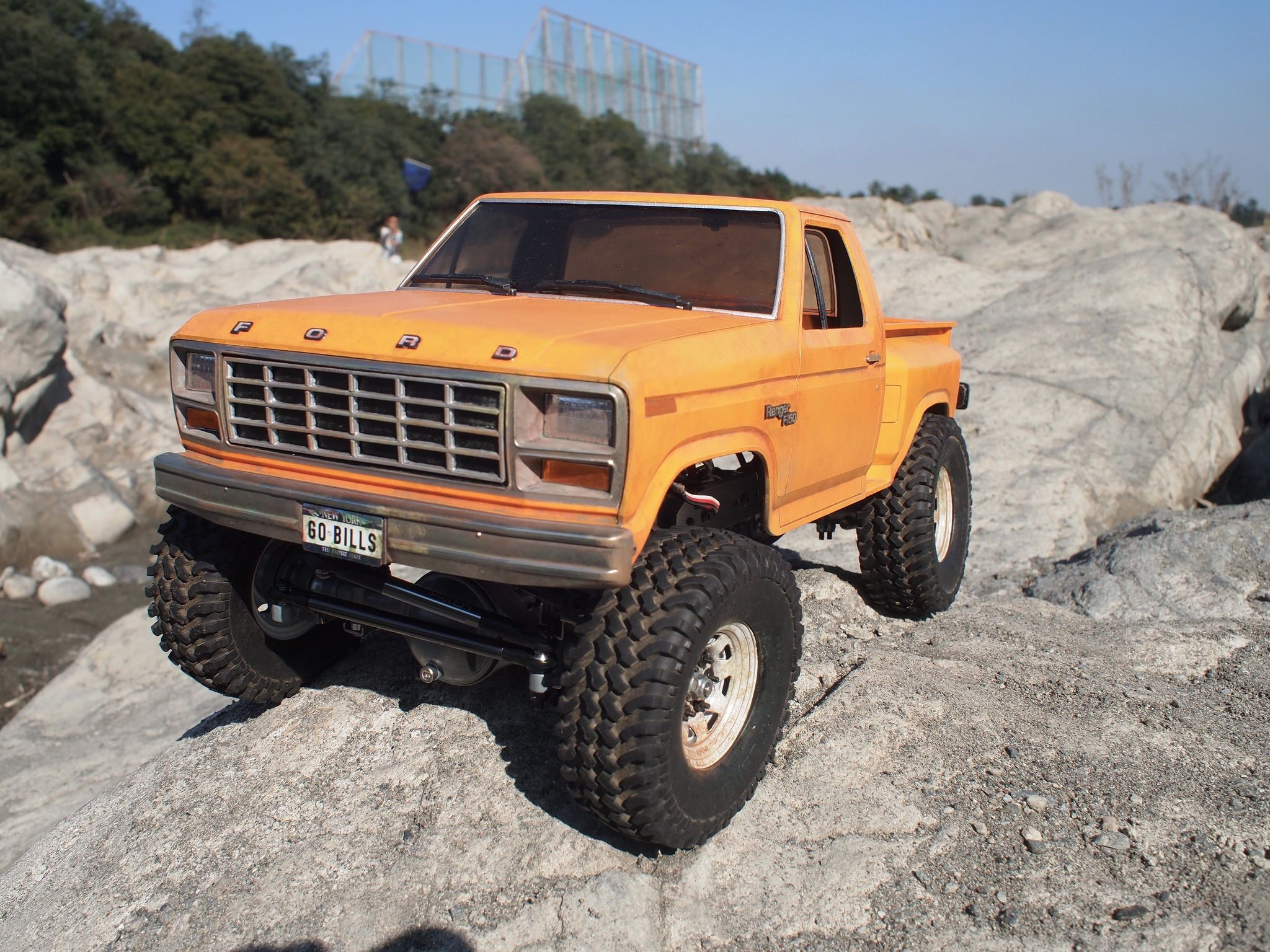 1980 ford f150 ranger in orange