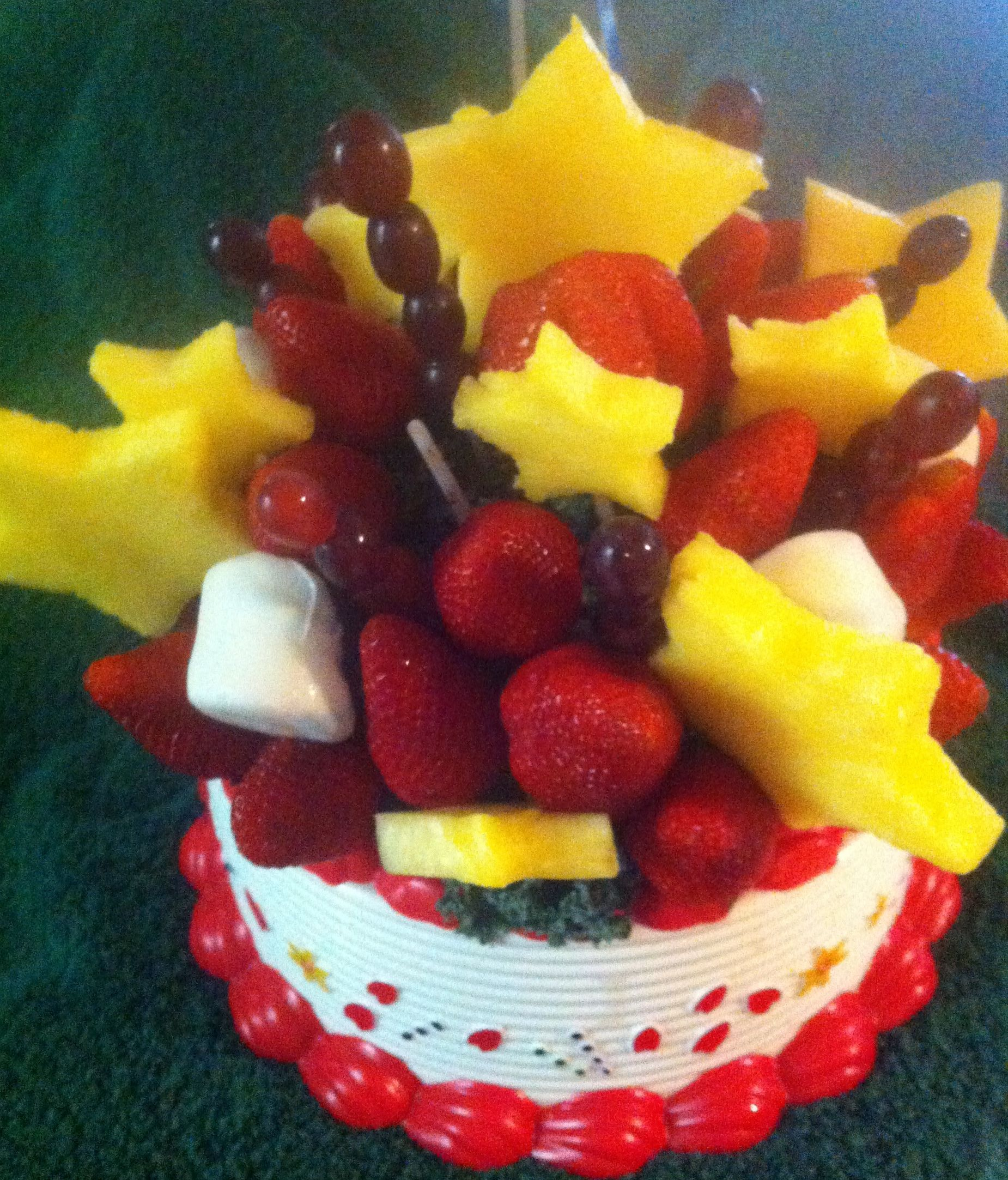 My healthy Edible Arrangement birthday cake from Worf