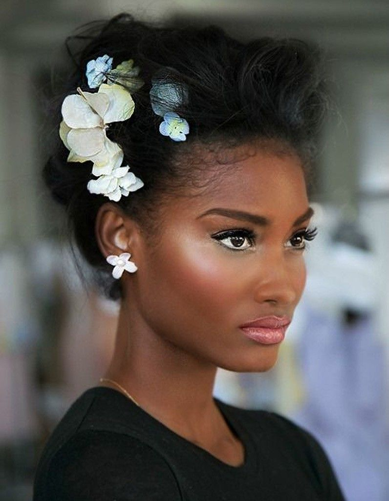 1000 Images About Coiffures Afros On Pinterest Updo Bet Awards
