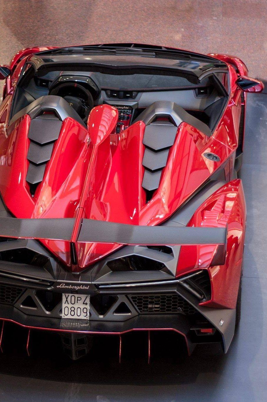 Lamborghini Veneno Roadster Is The Most Expensive Car In The World Today With Images Lamborghini Cars Lamborghini Super Cars