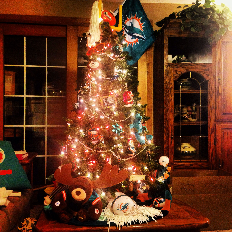 Miami Dolphins Christmas Tree! | Miami Dolphins | Pinterest ...