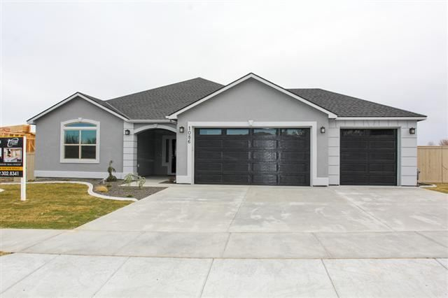 Idx Search From Century 21 Tri Cities Com Gray House Exterior House Designs Exterior House Paint Exterior