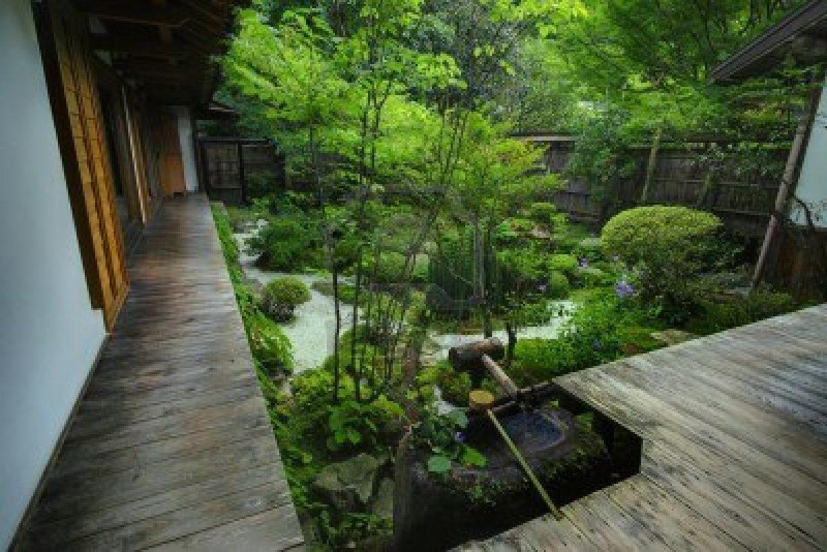 A japanese garden in kyoto japan stock photo garden for Gartengestaltung chinesisch