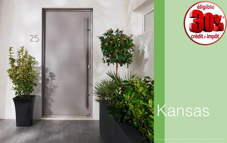 Une porte du0027entrée sécurisée Front doors and Doors