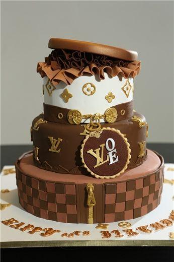 Cake By Deja Vu Cakes As Featured On Partybravo Persian Wedding CakesCustom CupcakesBirthday CakesLos Angeles