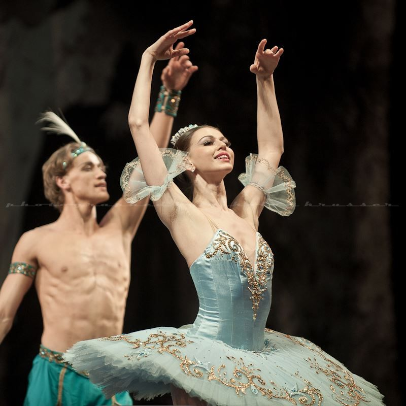 Anastasia and Denis Matvienko in Le Corsaire PDD - Photo by Nikolay Krusser