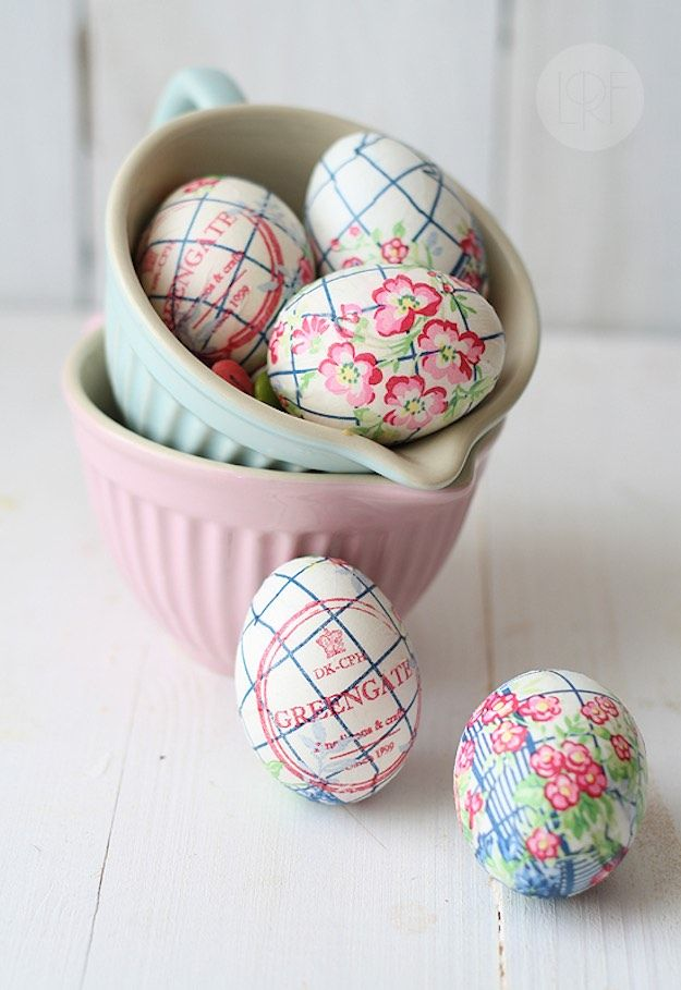 Paper napkin decorated easter eggs egg decorating ideas anyone can make diy projects also time rh pinterest