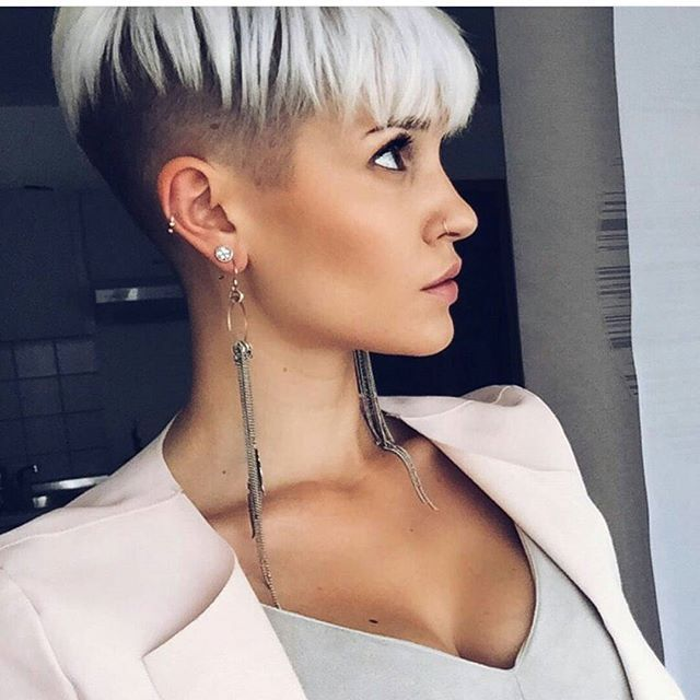 Kurze haare blond frisur