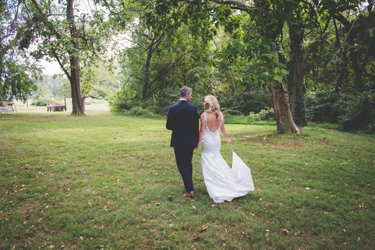 Get Inspired By This Clic Summer Wedding At Mercer Fonthill Castle Discover The Vendors