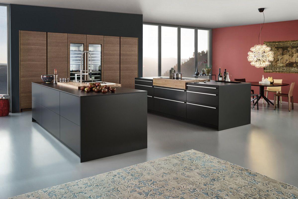 Wildhagen | Moderne Strakke Houten Keuken Met Kookeiland En