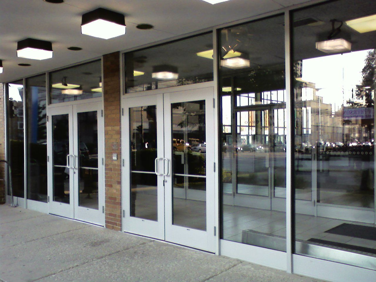 Glass Door Store : We repair and install glass storefront doors for