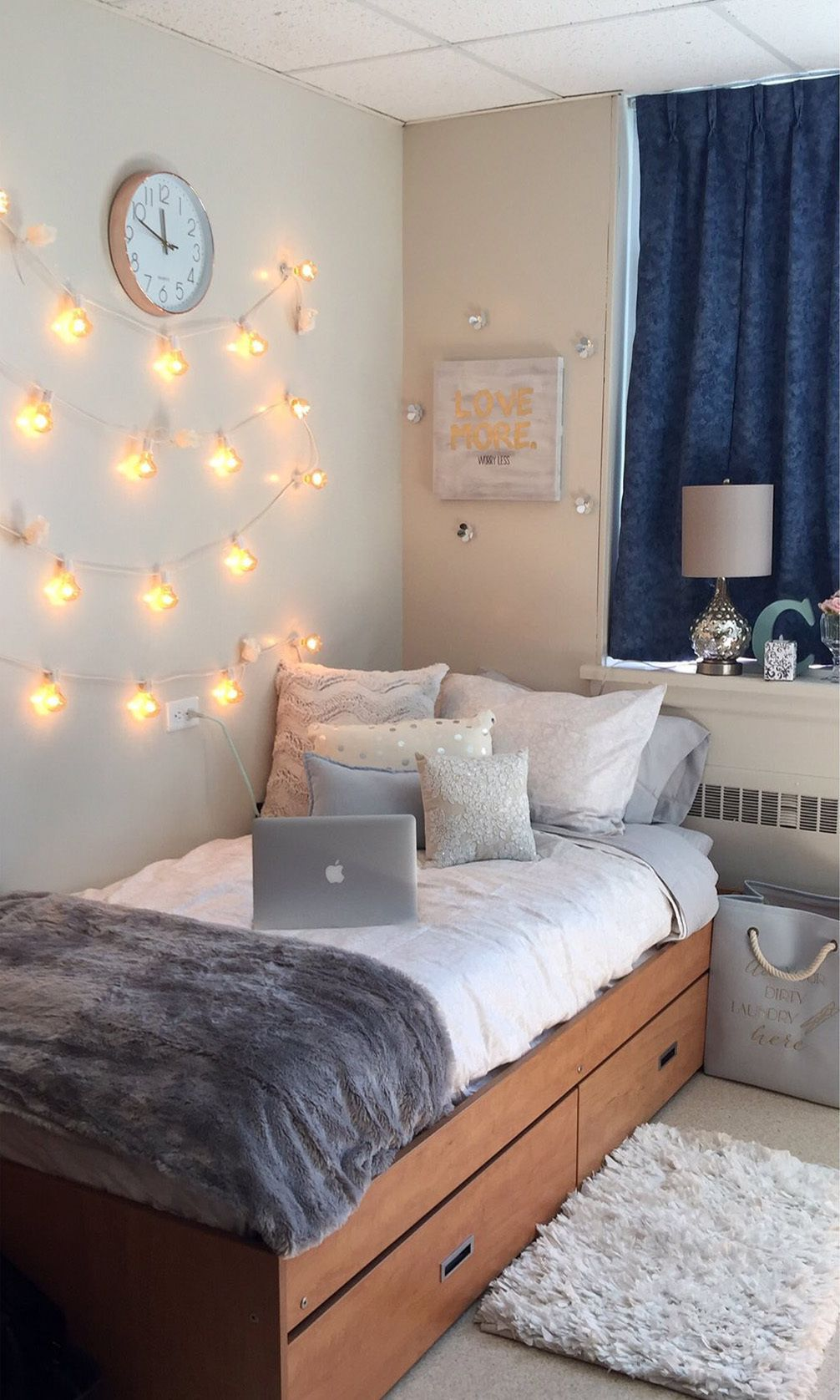 """Photo of 36 Dorm Room """"Before and Afters"""" That'll Totally Inspire You"""