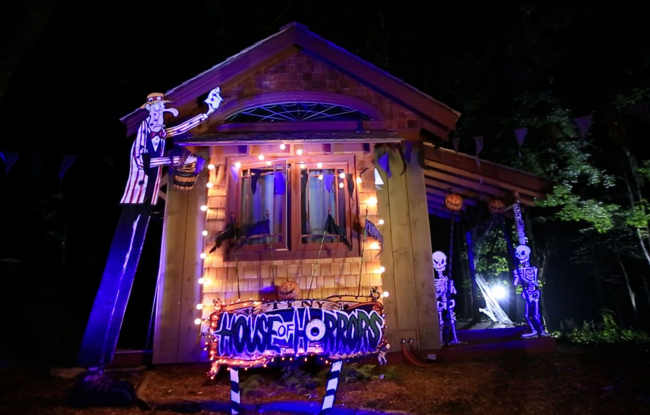 These Tiny Houses Are Big On Halloween Spirit Tiny House