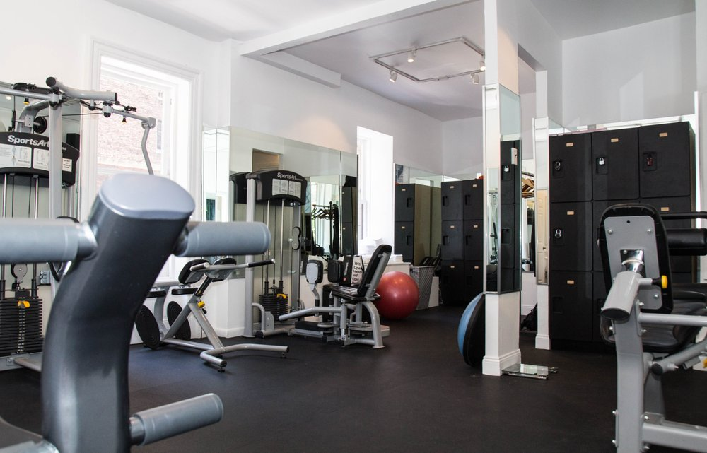 New Private Independent Training Gym Opens Up In Nyc S Upper East Side Satprnews Home Decor Home Room