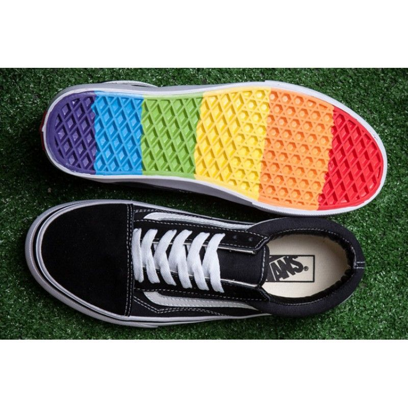 Classic Vans Old Skool Skate Colorful Rainbow Sole Black White Canvas  Sneakers 7e84c70fc374
