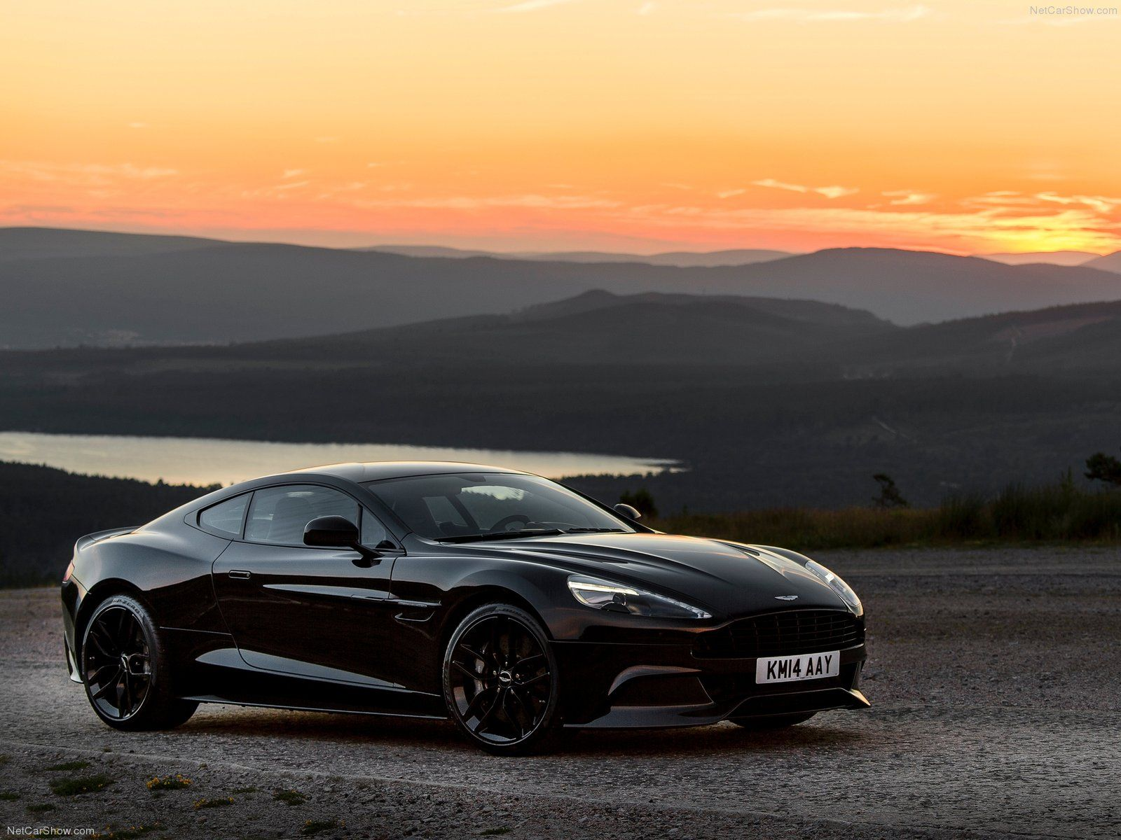 Pin By Walls Auto On Cool Car Wallpapers Aston Martin Vanquish