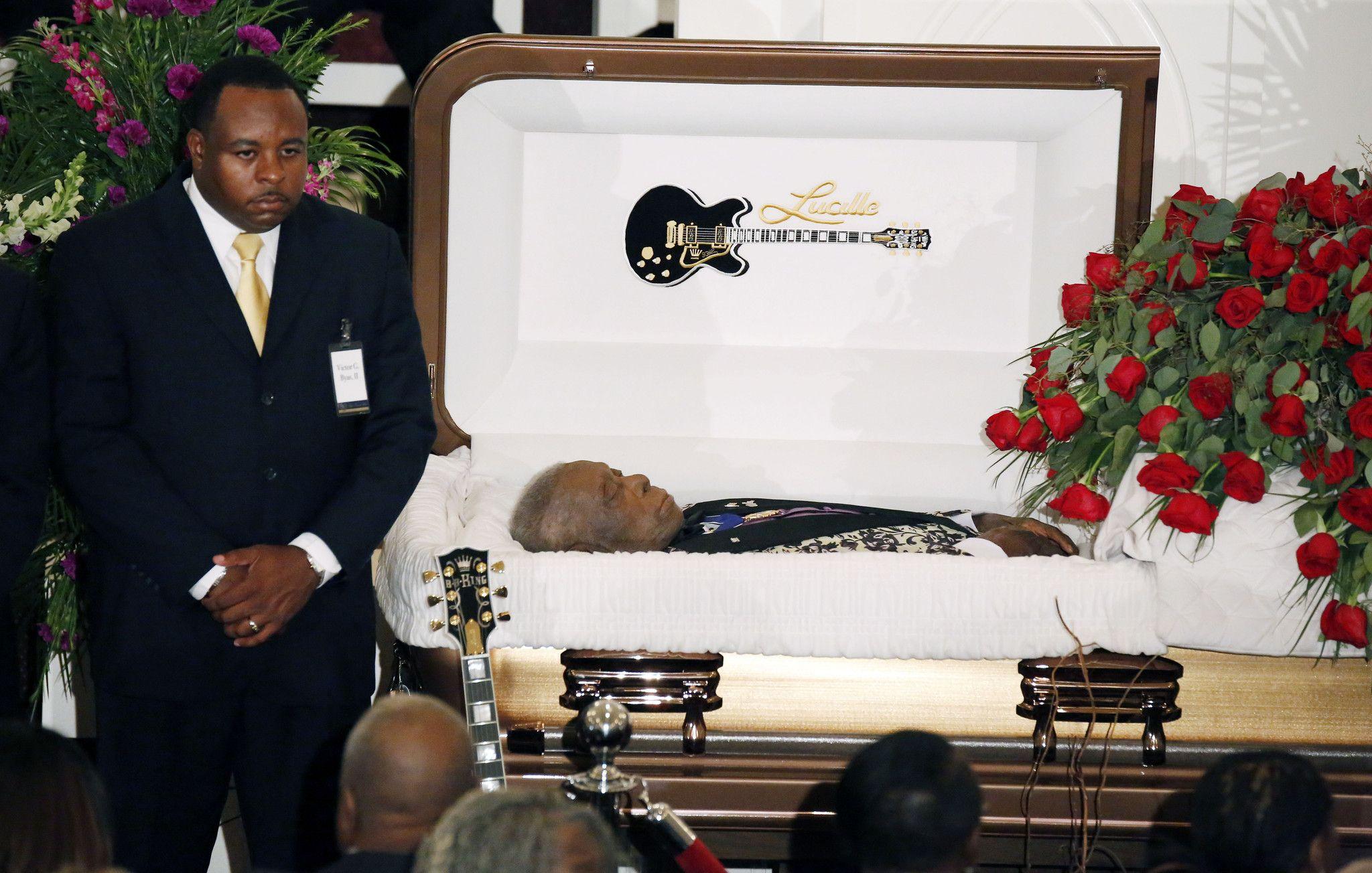 Michael Clarke Duncan Funeral Open - 325.4KB