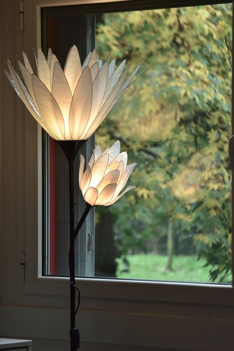 Floor Lamp 2 Flowers White Lotus Flower With Blossom Single Model Resin Paper Art In 2020 White Lotus Flower Lamp White Lotus