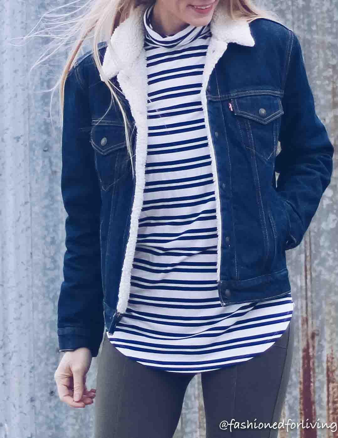 Womens Levis Denim Jacket Winter Fashion Casual Winter Fashion Outfits Outfits With Leggings [ 1395 x 1078 Pixel ]