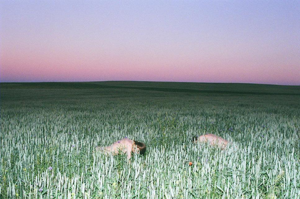El dúo de fotógrafos habla sobre su proceso artístico.