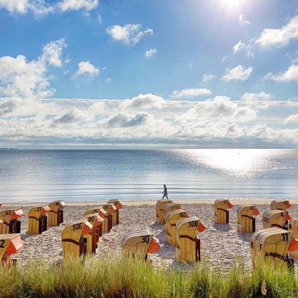 Sonnenschein bei einem Strandspaziergang in Scharbeutz