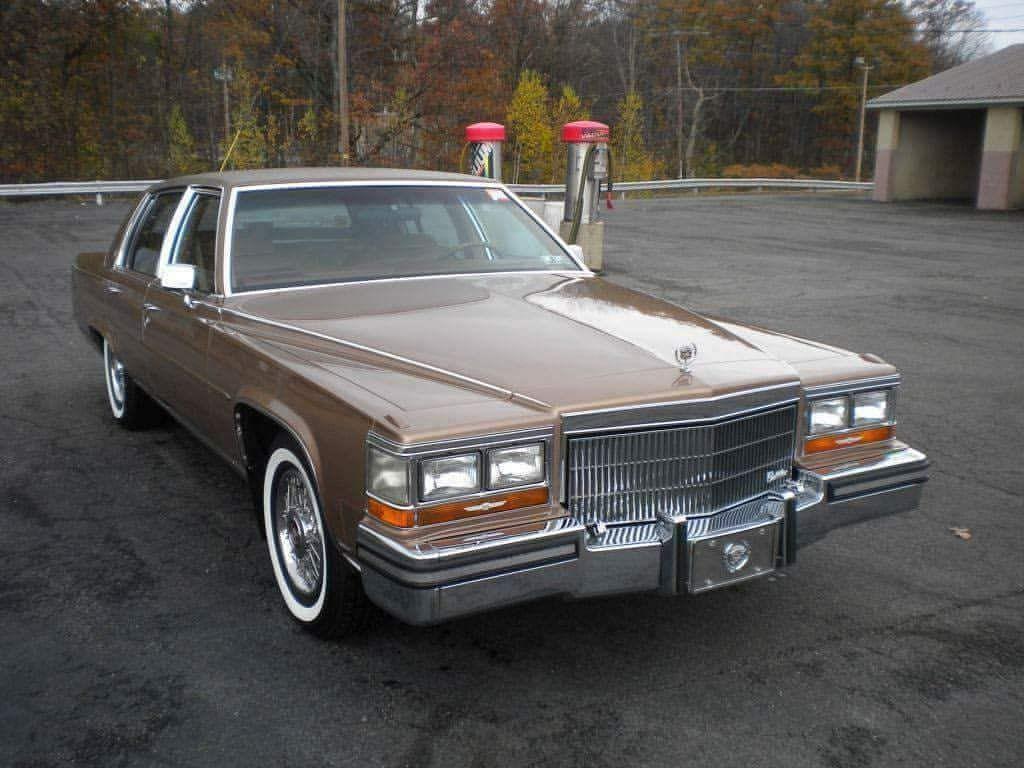 Pin Pa Cadillac Fleetwood Brougham 1980 92