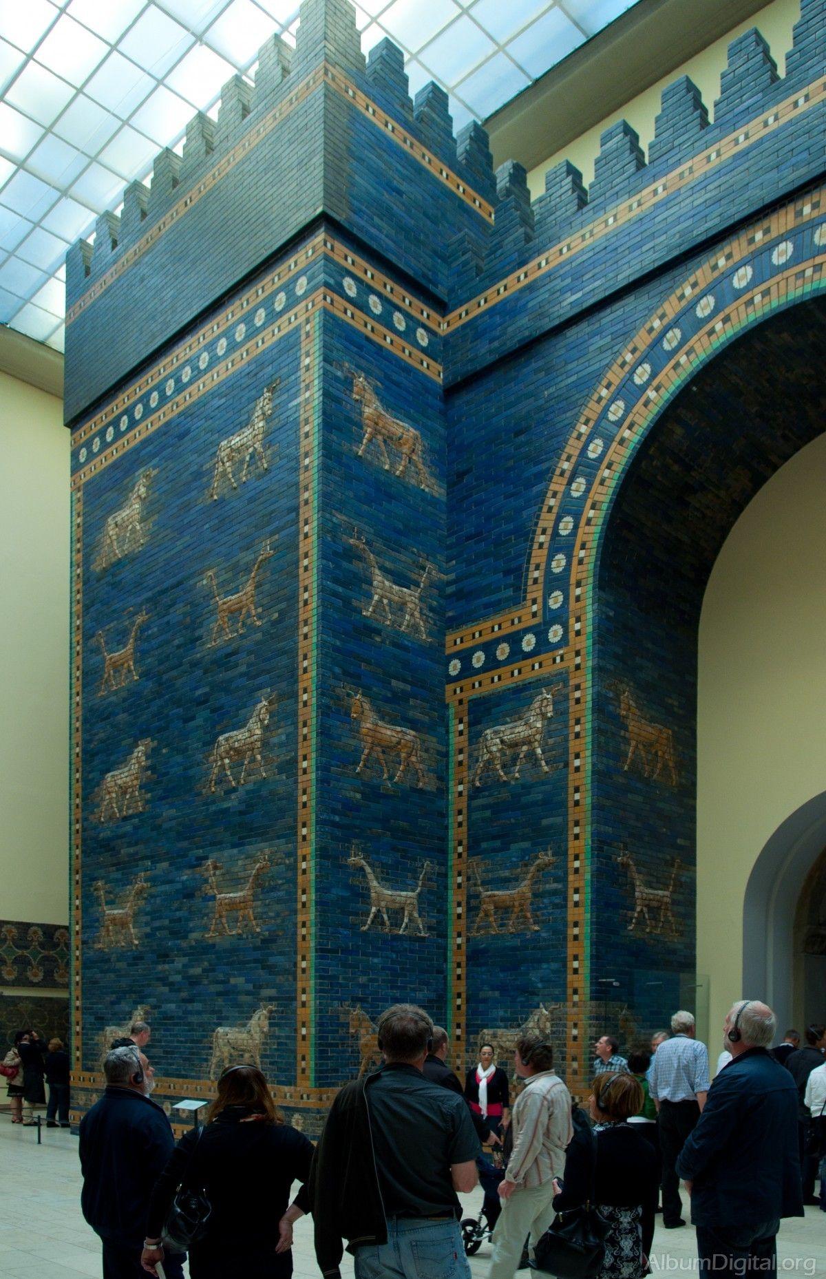 Puerta De Ishtar Museo De Pergamo Ancient Buildings Sumerian Architecture Ancient Babylon